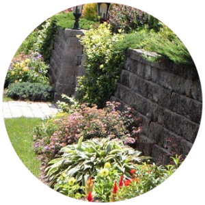 Studley's has been landscaping residential and commercial properties in the seacoast area of New Hampshire for more than 30 years. Our distinctive and functional designs are easily recognized and much enjoyed.